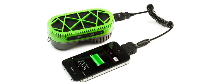 PowerTrekk_pile_a_combustible_portable_iPhone