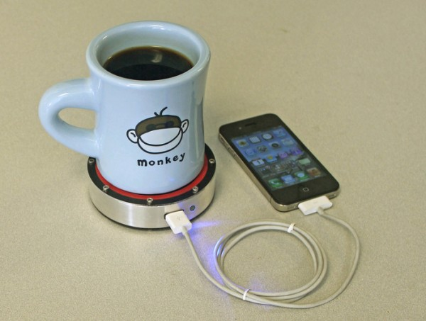 Epiphany-onE-Puck-chargeur-smartphone
