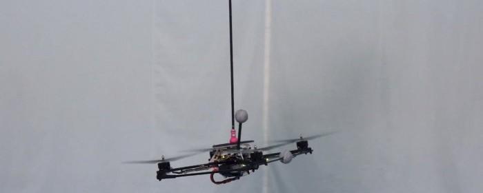 quadricopteres-pendule-inverse