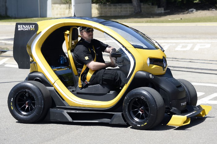 concept car twizy renault sport f1 quand l 39 lectrique rencontre la f1 actinnovation. Black Bedroom Furniture Sets. Home Design Ideas