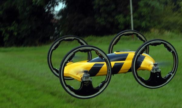 B-voiture-quadricoptere-2