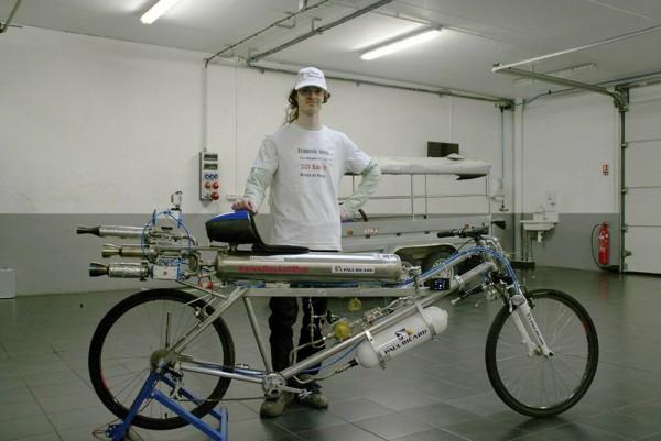 record-vitesse-velo-333-kmh-2