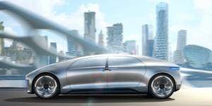 F 015 : la voiture du futur selon Mercedes-Benz
