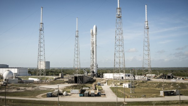SpaceX-Falcon-9-4